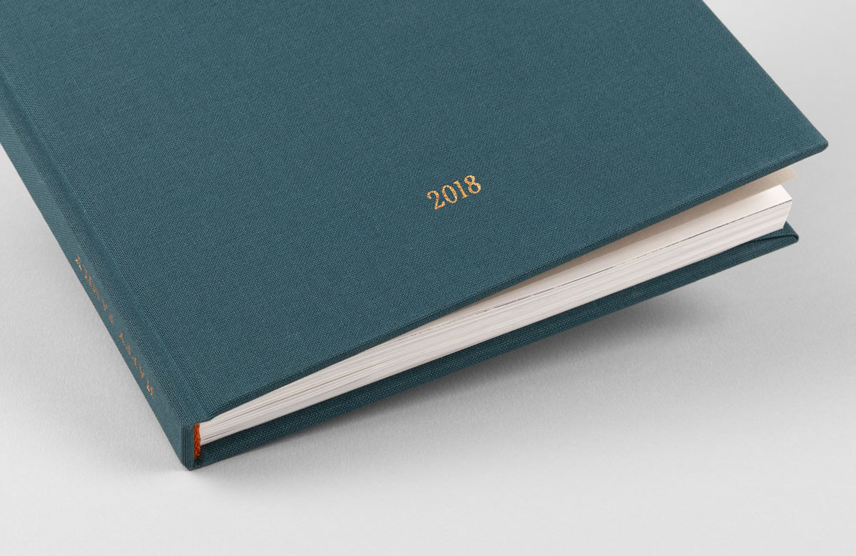 Hardcover travel photo albums by Rosemood